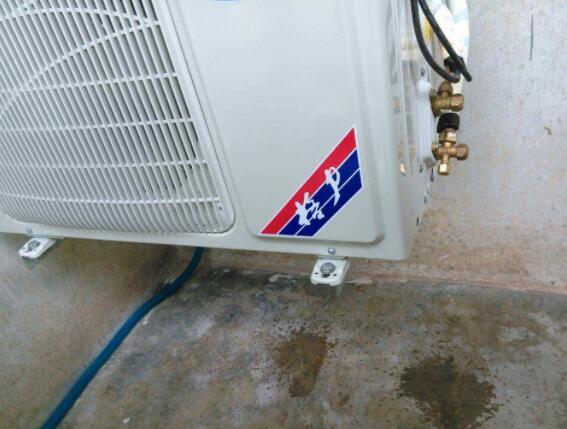 空调室外机滴水